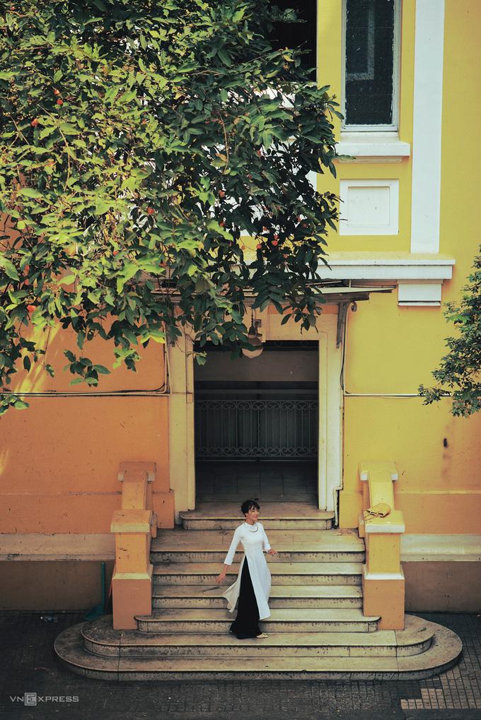 Gợi ý nơi chụp ảnh áo dài Tết đẹp ở Sài Gòn - Ảnh 1.