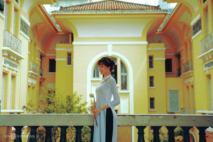 Gợi ý nơi chụp ảnh áo dài Tết đẹp ở Sài Gòn - Ảnh 2.