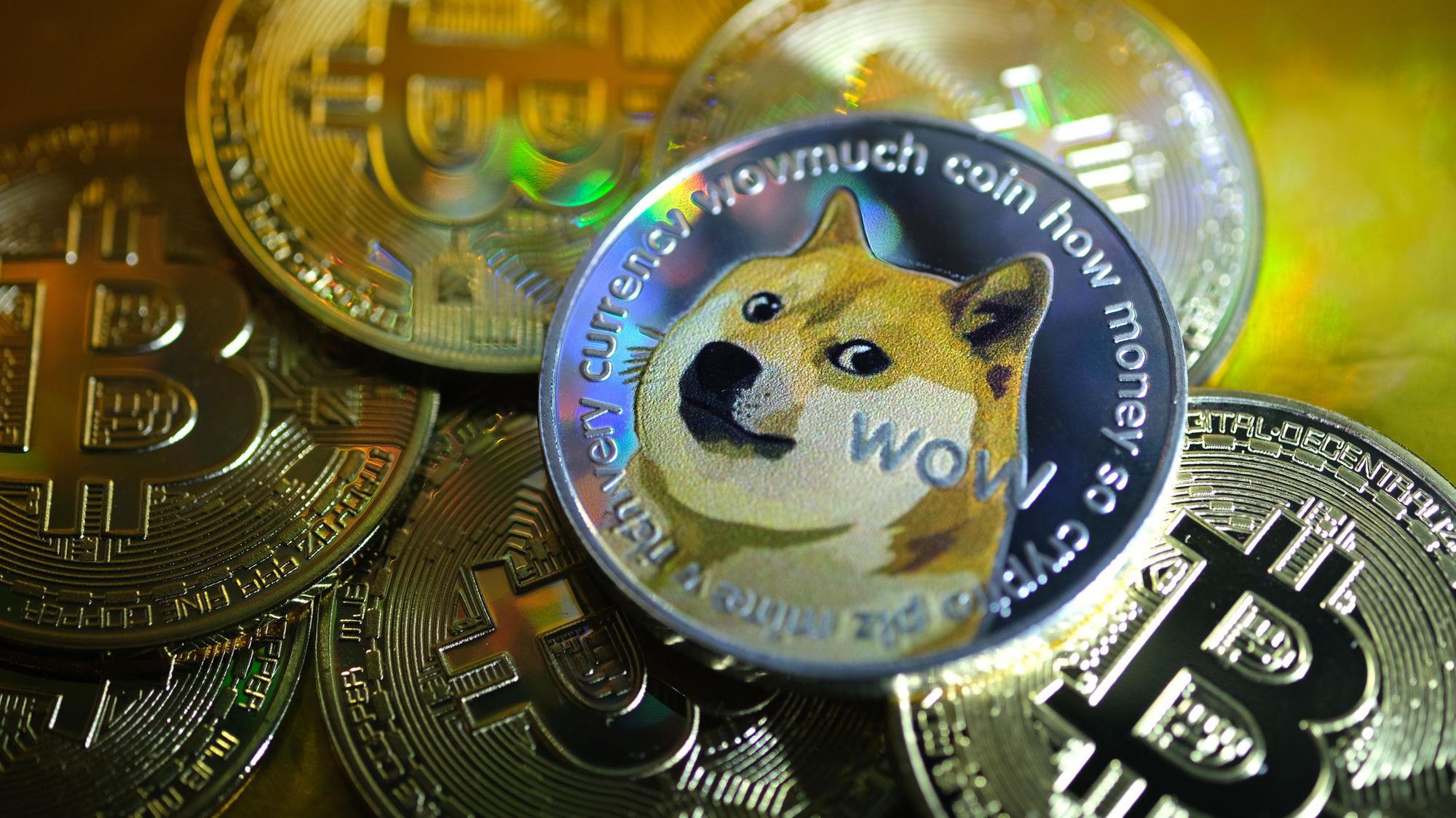 Thế giới điên cuồng phía dưới Bitcoin - Ảnh 1.