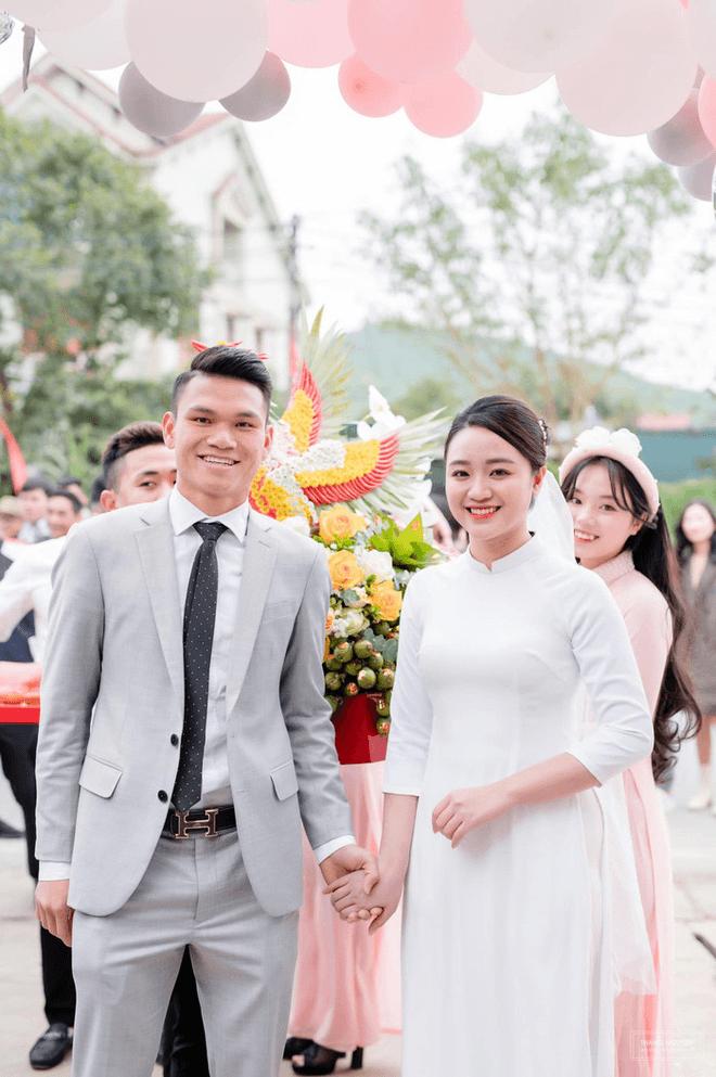 """Những """"ngôi sao Thường Châu"""" nào của U23 Việt Nam đã cưới vợ? - Ảnh 5."""