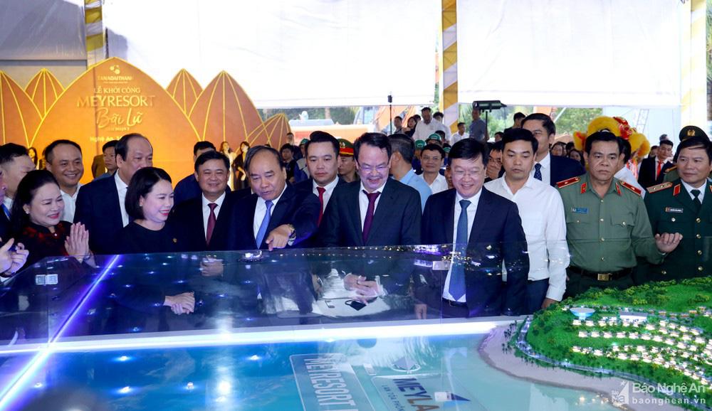 Thủ tướng Chính phủ Nguyễn Xuân Phúc tới dự và nhấn nút khởi công Meyresort Bãi Lữ (tháng 10/2020)
