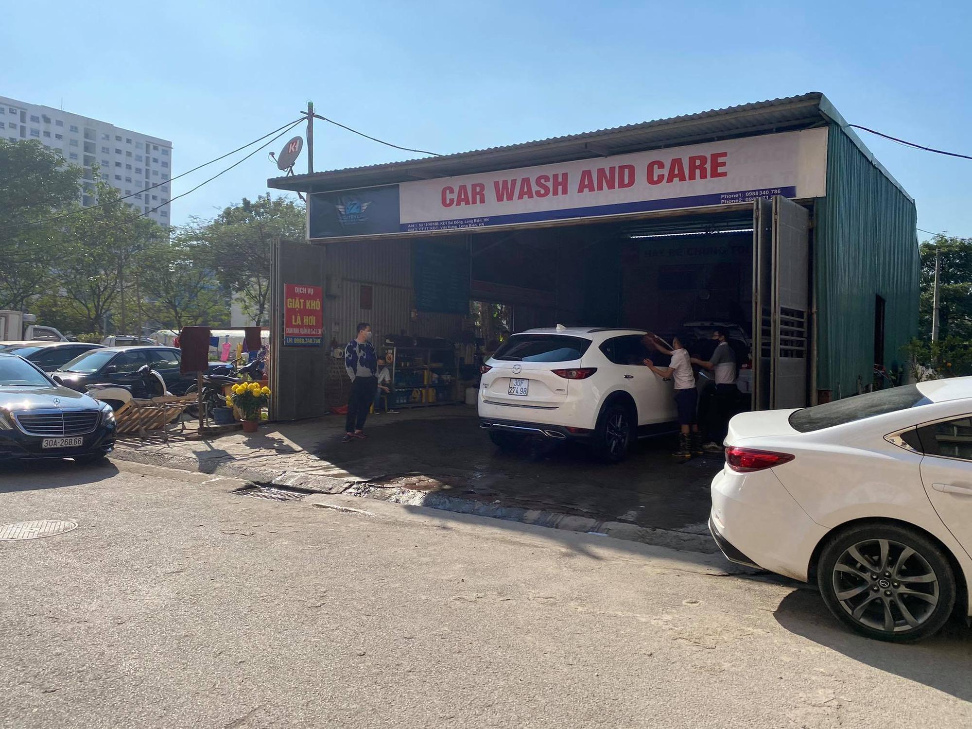 """Dịch vụ rửa ô tô """"hốt bạc"""" trước thềm Tết Tân Sửu 2021 - Ảnh 1."""