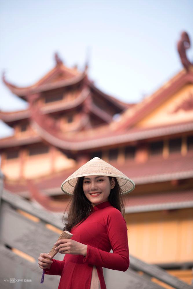 Gợi ý nơi chụp ảnh áo dài Tết đẹp ở Sài Gòn - Ảnh 6.