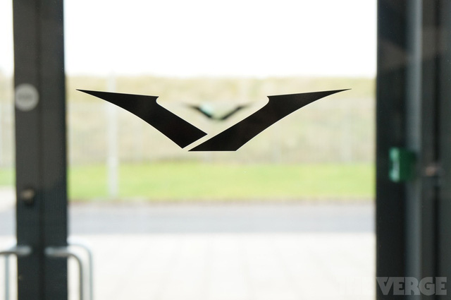Logo của Vertu đã có từ trước khi cái tên này được chọn.
