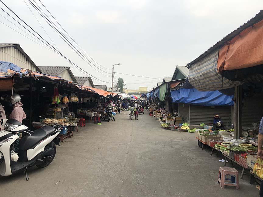 """Tụ điểm dịch vụ vui chơi, công viên đóng cửa: Người dân Quảng Ninh đón Tết """"độc - lạ"""" chưa từng có - Ảnh 6."""