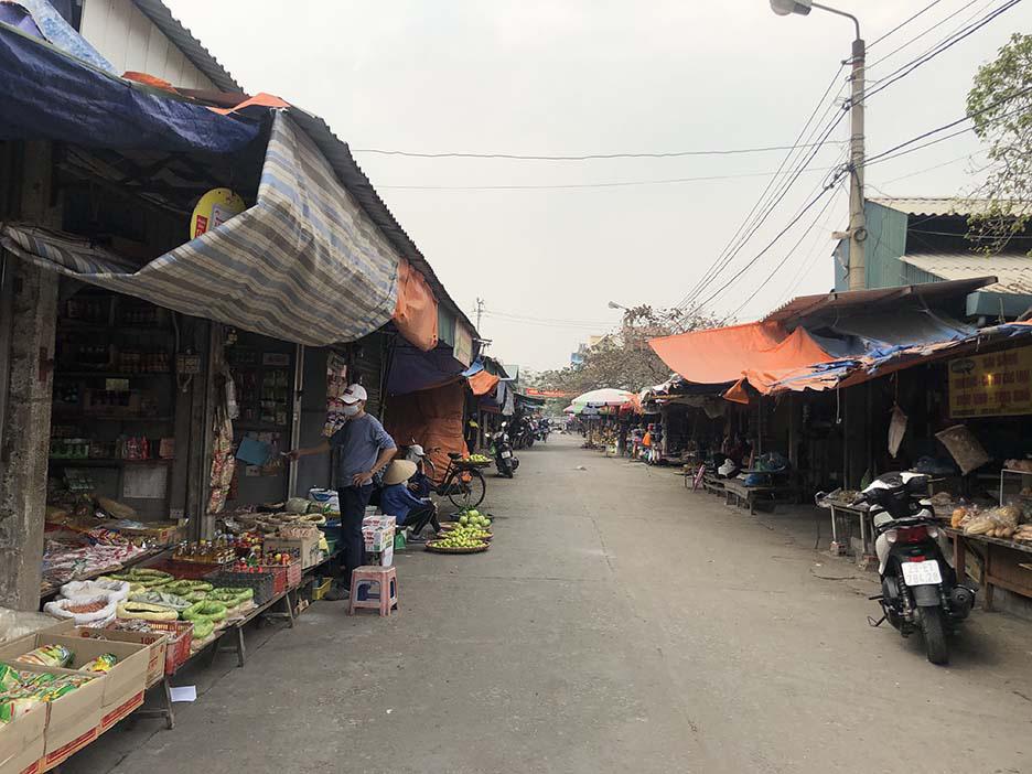 """Tụ điểm dịch vụ vui chơi, công viên đóng cửa: Người dân Quảng Ninh đón Tết """"độc - lạ"""" chưa từng có - Ảnh 7."""