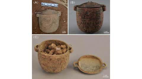 Phát hiện kem dưỡng da 2.700 năm dùng cho nam giới trong mộ quý tộc cổ đại - Ảnh 1.