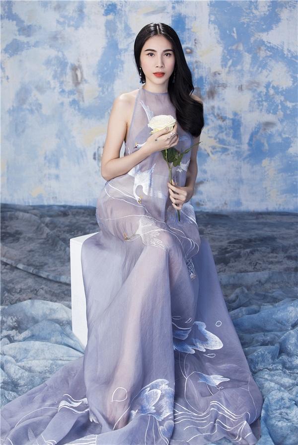 Thủy Tiên có sự nghiệp thành công với nhiều ca khúc hit.