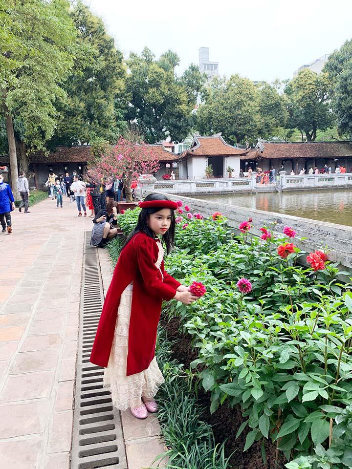 Hà Nội, Đà Nẵng: Các điểm du lịch, chùa đông nghịt người đi lễ chùa đầu năm - Ảnh 9.