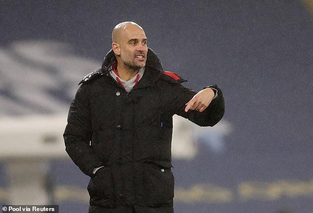 Guardiola đứng trước cơ hội lớn giành Premier League thứ 3.