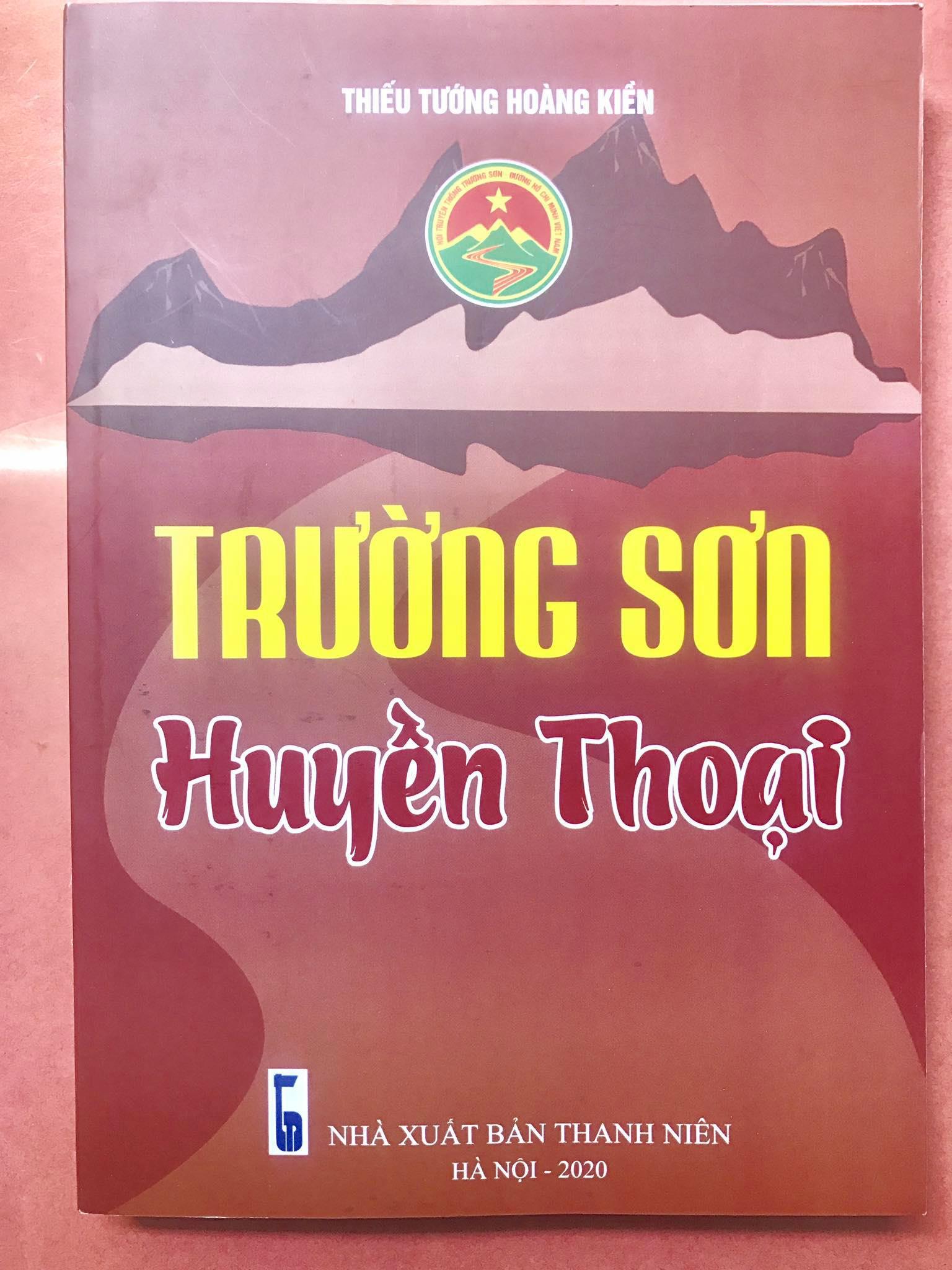 Vị tướng Công binh tặng sách Đại tướng Phùng Quang Thanh và câu chuyện kỷ niệm - Ảnh 2.