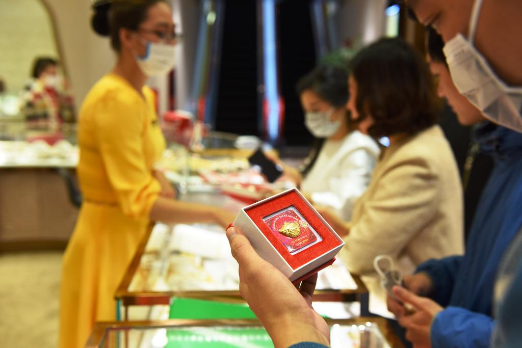 7 khung giờ đẹp để mua vàng ngày vía Thần Tài 2021 - Ảnh 1.