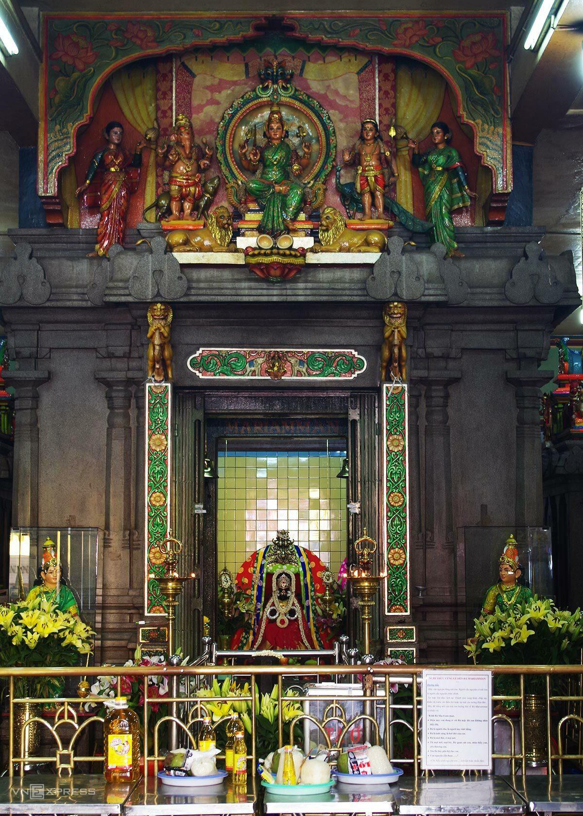 5 chốn cầu duyên linh thiêng ở Sài Gòn - Ảnh 10.