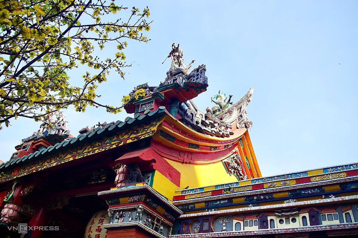 5 chốn cầu duyên linh thiêng ở Sài Gòn - Ảnh 6.