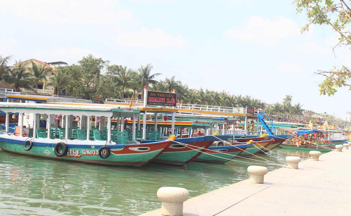 Quảng Nam: Ngày tết, phố cổ Hội An đìu hiu khách du lịch - Ảnh 4.