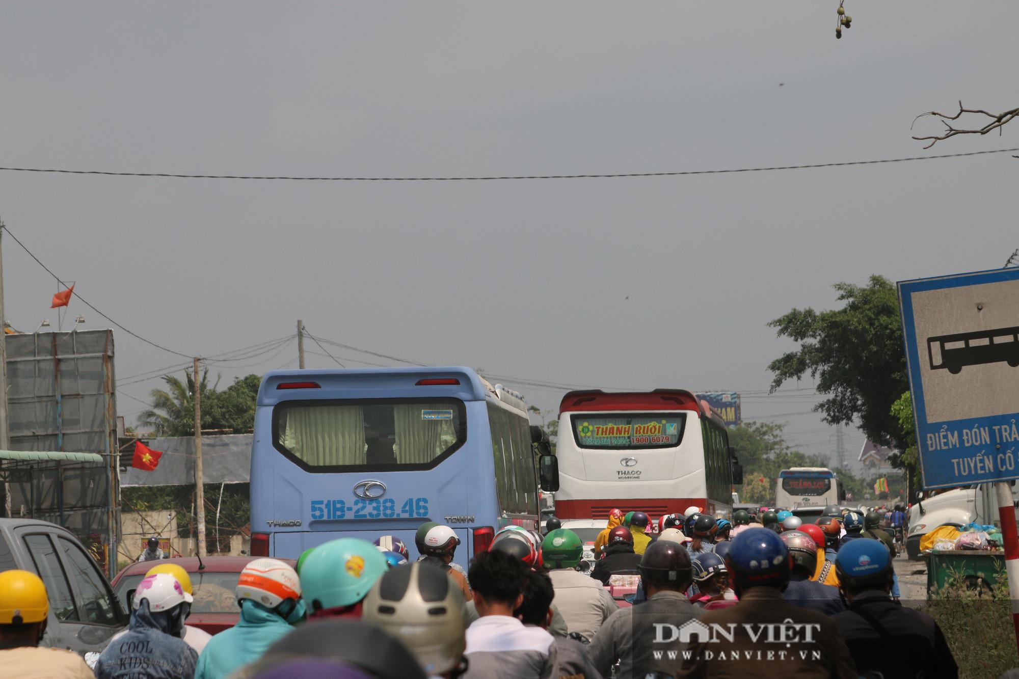 Người dân miền Tây về TP.HCM ngày mùng 5 Tết: Di chuyển dễ dàng - Ảnh 5.