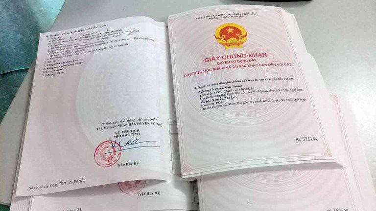 Chi phí sang tên Sổ đỏ năm 2021 - Ảnh 1.