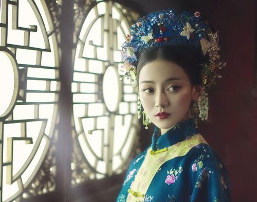 Vị hoàng hậu xinh đẹp, danh giá nhưng chưa từng được chồng chạm vào người - Ảnh 2.