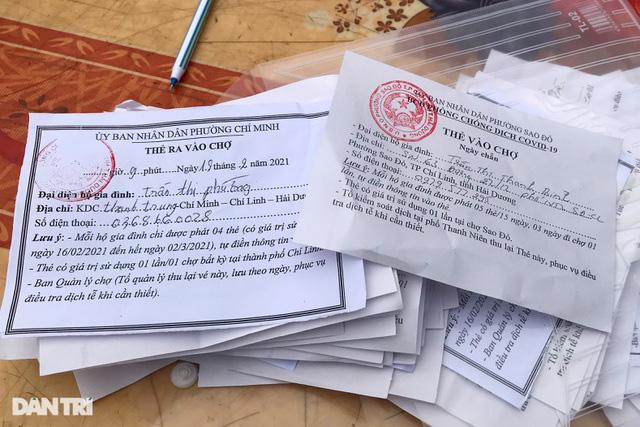 Người dân tâm dịch thành phố Chí Linh đi chợ bằng thẻ theo ngày chẵn lẻ - Ảnh 5.