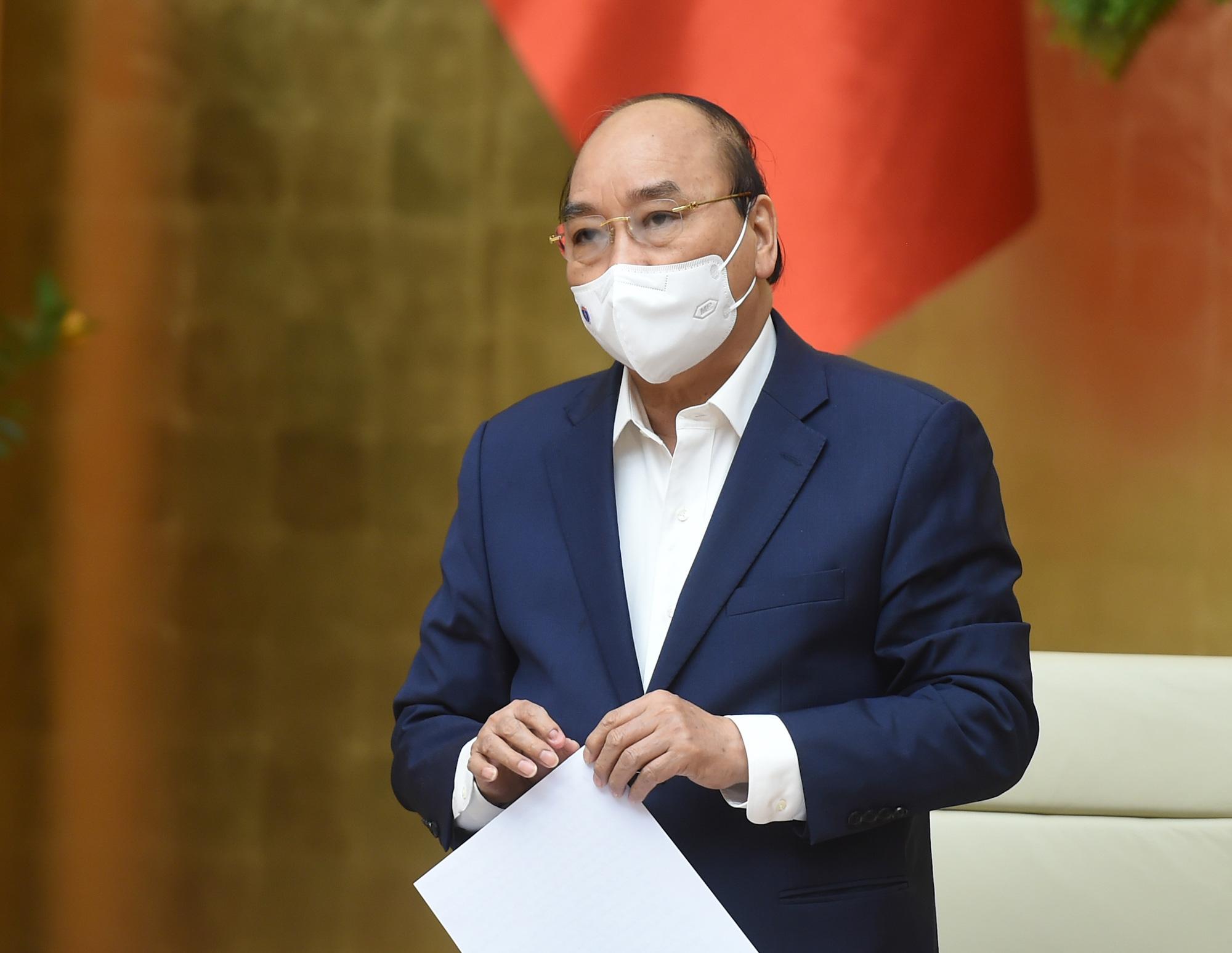 Thủ tướng Nguyễn Xuân Phúc: Đặt vấn đề về kinh tế tư nhân một cách đúng mức - Ảnh 1.