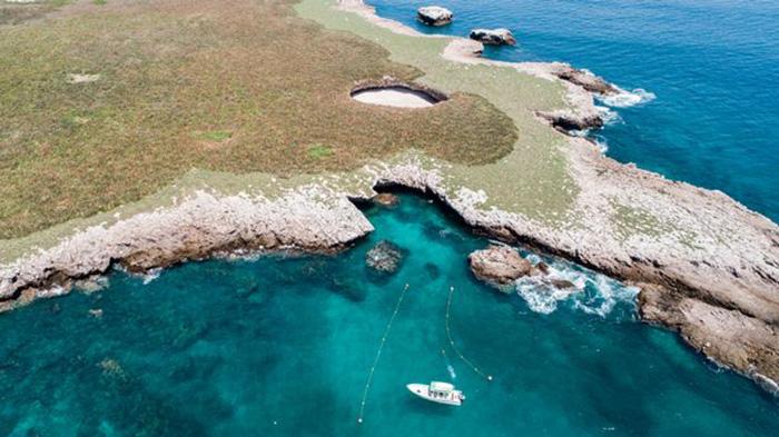 Thiên đường bãi biển độc lạ ẩn giấu trong hang động ở Mexico - Ảnh 1.