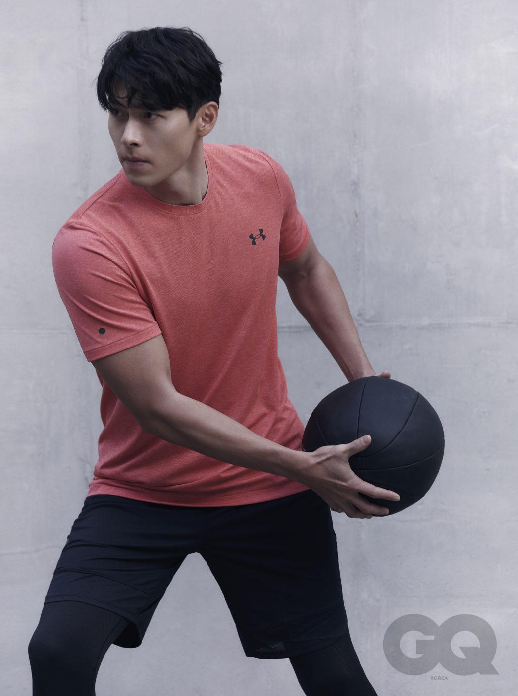 Hậu công khai hẹn hò Son Ye Jin, Hyun Bin tiết lộ bản thân đang rất cố gắng và nỗ lực bảo vệ tình yêu này - Ảnh 3.