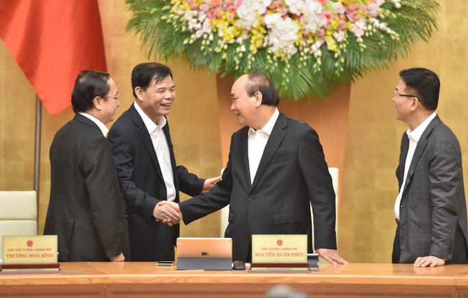 Nhân sự Chính phủ: 2 Phó Thủ tướng và 7 Bộ trưởng không tái cử Trung ương khóa XIII - Ảnh 1.