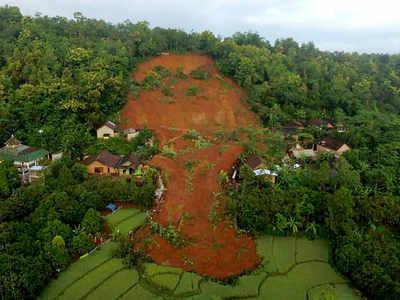 Clip: Ngập lụt do mưa lớn, Indonesia sơ tán cả nghìn người dân - Ảnh 4.