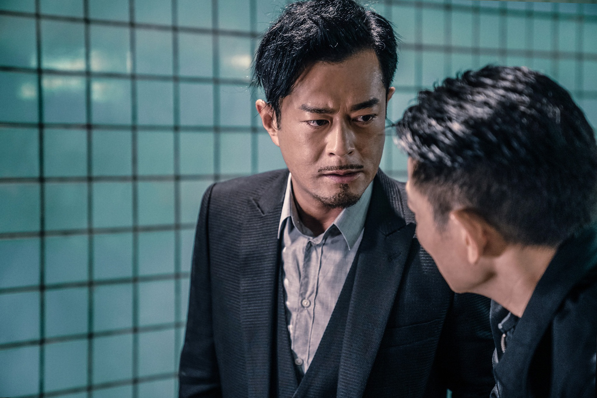 Lời xin lỗi cho Lưu Đức Hoa và sự già cỗi của điện ảnh Hong Kong - Ảnh 4.