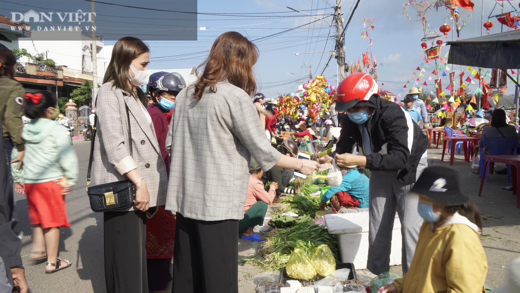 """Phiên chợ """"hiếm thấy"""" ít người biết ở Bình Định, mỗi năm chỉ họp duy nhất 1 lần - Ảnh 3."""