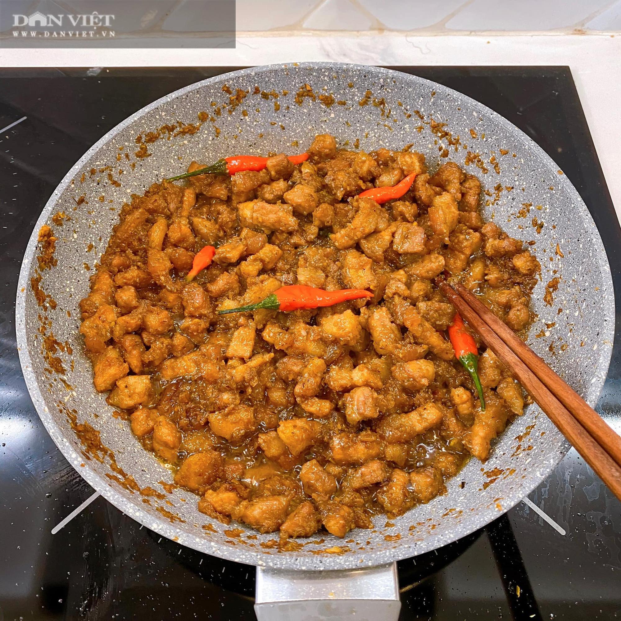 Cách làm món thịt ba rọi ruốc sả hấp dẫn đưa cơm - Ảnh 5.