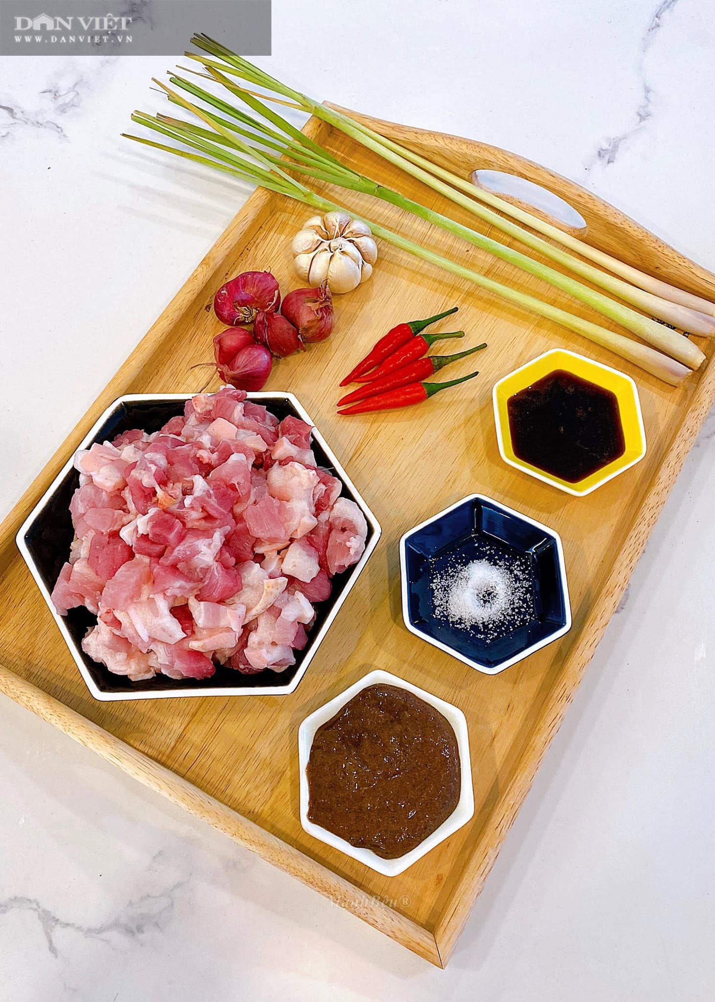 Cách làm món thịt ba rọi ruốc sả hấp dẫn đưa cơm - Ảnh 2.