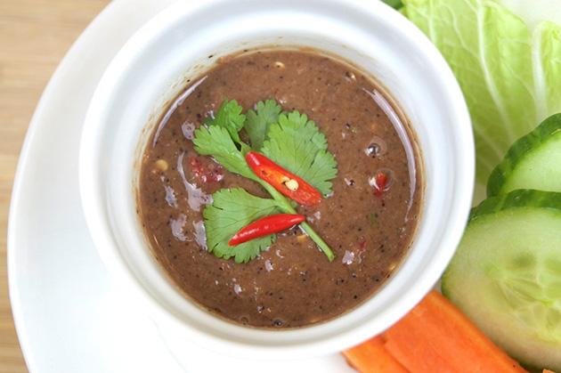 9 món ăn Việt Nam khiến khách Tây sợ hãi - Ảnh 2.