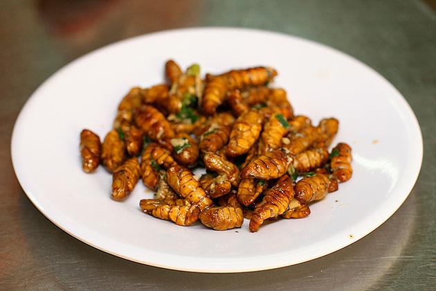 9 món ăn Việt Nam khiến khách Tây sợ hãi - Ảnh 6.