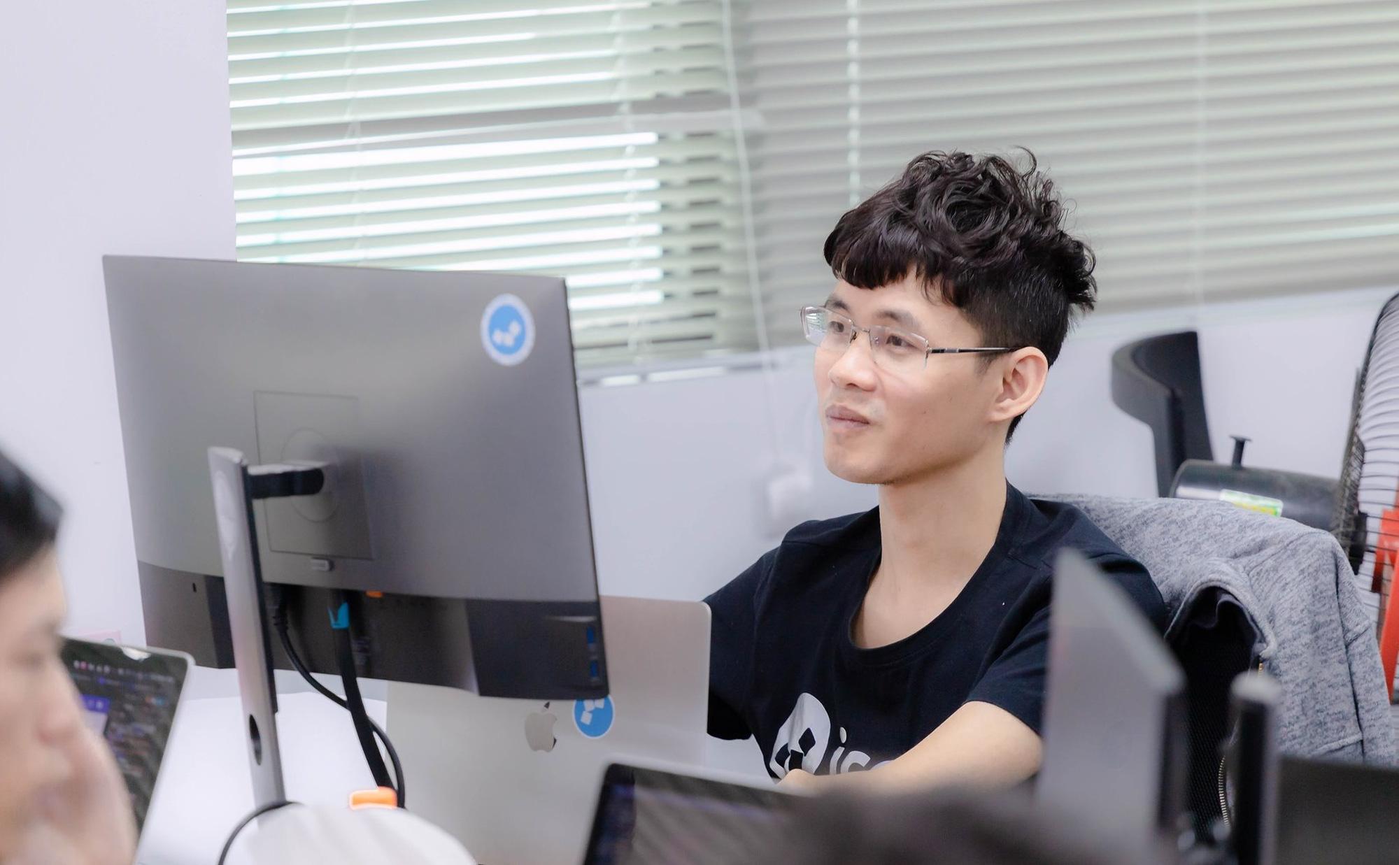 Founder Icetea: Bỏ ngang Đại học, không xin được việc vì quá gầy, ở nhà ăn bám suốt 2 năm, lập ra startup trà đá làm công nghệ blockchain - Ảnh 2.