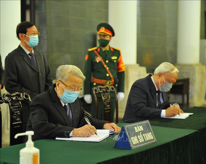 Ảnh: Lễ viếng nguyên Phó Thủ tướng Trương Vĩnh Trọng tại Hà Nội - Ảnh 8.