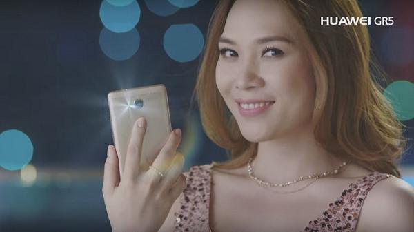 Ca sĩ Mỹ Tâm đại diện cho điện thoại Huawei và cái kết bất ngờ - Ảnh 4.