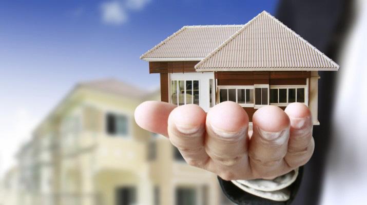 Xem tuổi làm nhà là việc cực kỳ quan trọng để tránh tuổi phạm và đây cũng chính là công việc đầu tiên khi tiến hành động thổ, cất nhà mới.