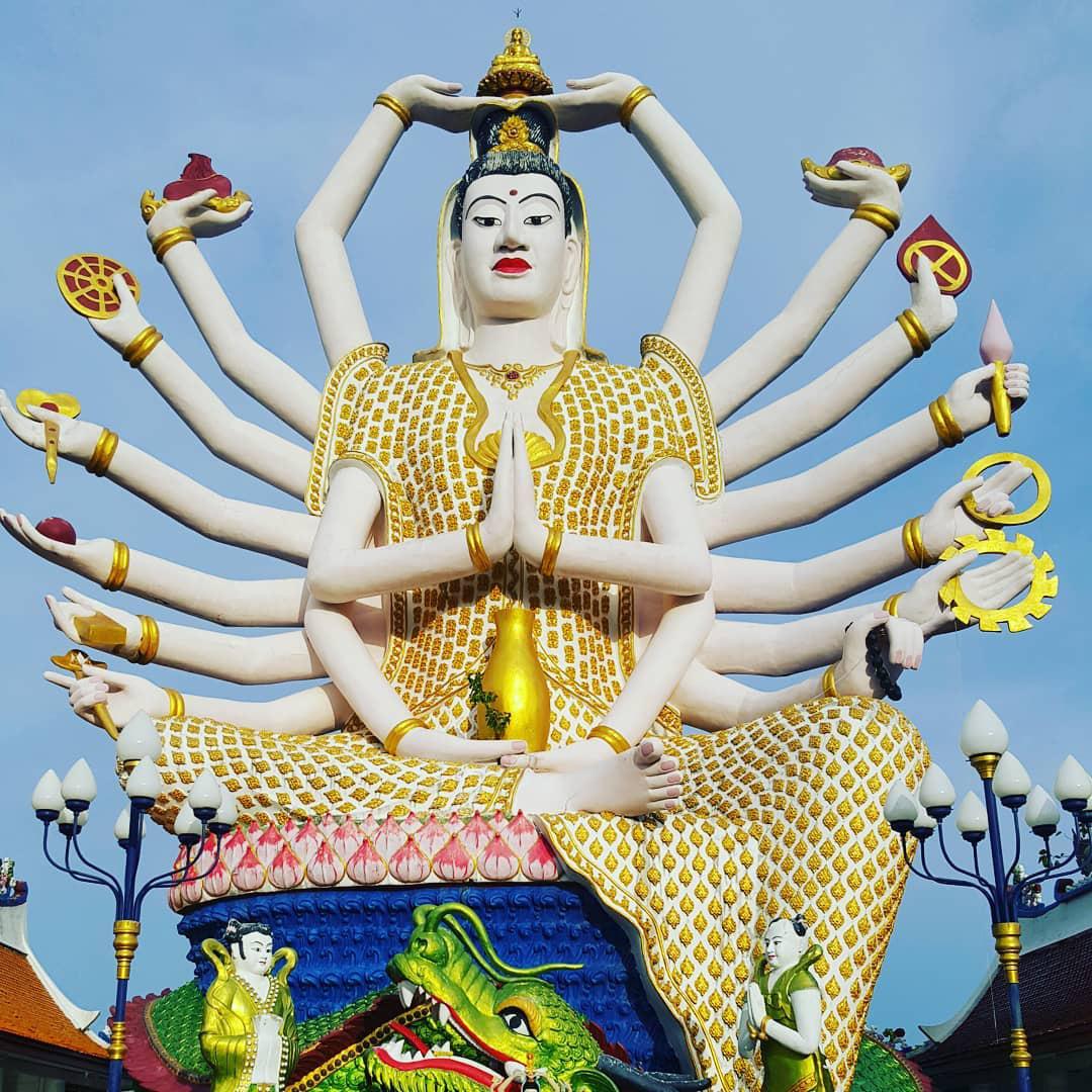Đền Wat Plai Laem – ngôi đền sở hữu pho tượng Phật Bà Quan Âm 18 tay vô cùng độc đáo - Ảnh 3.