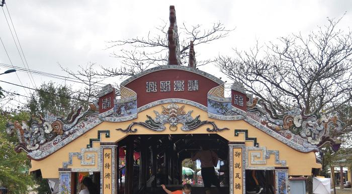 """Thừa Thiên Huế: Đẹp mê mẩn cầu ngói Thanh Toàn gần 250 tuổi sau """"đại trùng tu"""" - Ảnh 5."""
