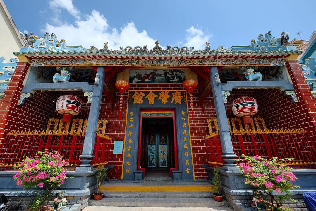 Top 10 chùa linh thiêng nên đi lễ đầu năm ở Việt Nam - Ảnh 2.