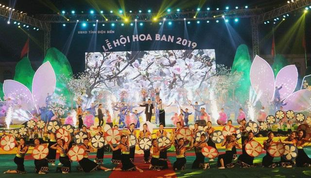 Dừng tổ chức Lễ hội Hoa ban và Ngày Thơ Việt Nam năm 2021 - Ảnh 1.