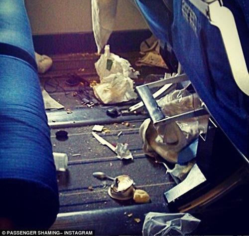 13 kiểu người bị ghét trên máy bay có nên tránh? - Ảnh 10.
