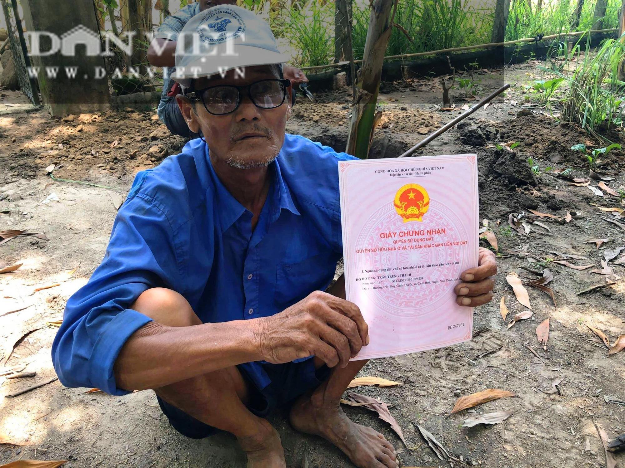 """Bình Định: Dân thắc mắc cán bộ được cấp đất rừng, Bí thư huyện nói """"cần thiết giao công an vào cuộc"""" - Ảnh 1."""
