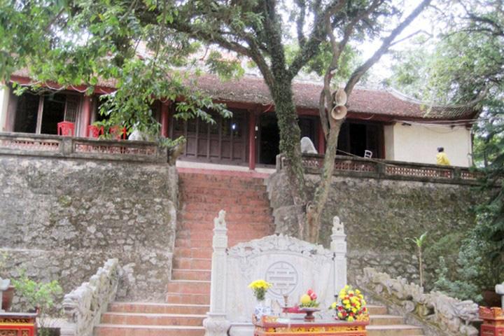 Top 10 chùa linh thiêng nên đi lễ đầu năm ở Việt Nam - Ảnh 6.