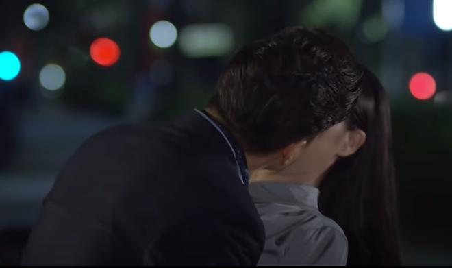 Hướng dương ngược nắng tập 32: Hoàng cưỡng hôn Minh - Ảnh 2.