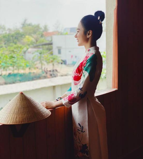"""Siêu mẫu Hà Anh bức xúc vì mặc bikini táo bạo ở tuổi U40 bị """"soi"""", Phương Thanh úp mở """"cần yêu"""" - Ảnh 8."""