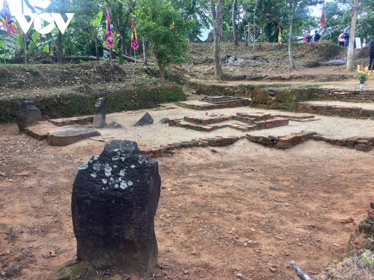 Đà Nẵng: Công bố xếp hạng Di chỉ khảo cổ Chăm Phong Lệ là Di tích cấp thành phố  - Ảnh 4.