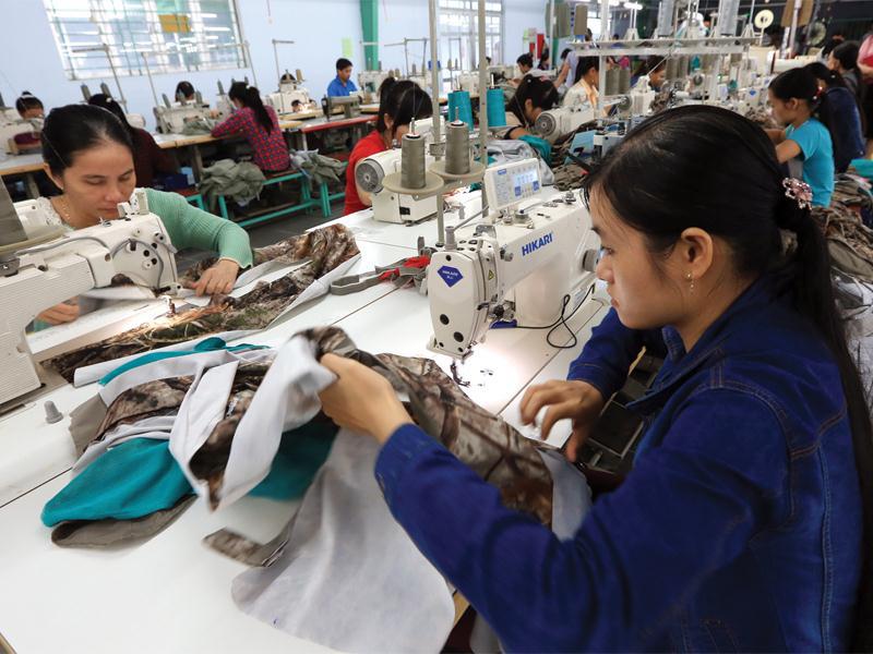 11 quy định mới người lao động cần biết trước khi ký HĐLĐ từ 2021 - Ảnh 1.