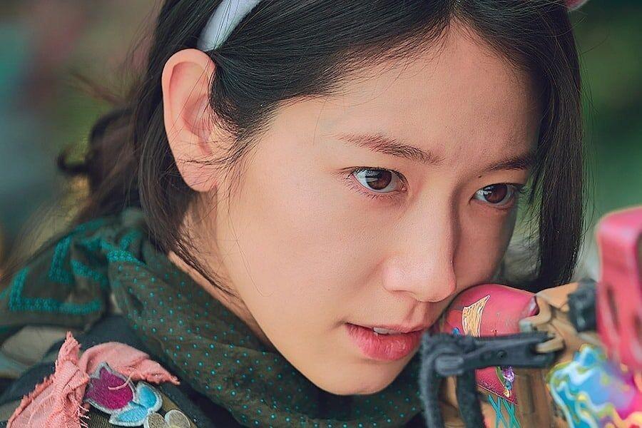 """""""Sisyphus: The Myth"""" vừa lên sóng, tạo hình của Park Shin Hye gây """"sốt"""" - Ảnh 9."""